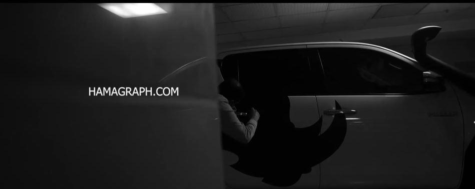 نصب استیکر روی ماشین استیکر داخل ماشین نصب برچسب روی ماشین استیکر پشت ماشین استیکر ماشین کف خواب استیکر بدنه ماشین نصب استیکر روی بدنه خودرو نصب برچسب روی بدنه خودرو